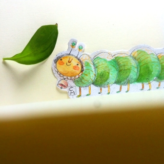 caterpillar made of paper